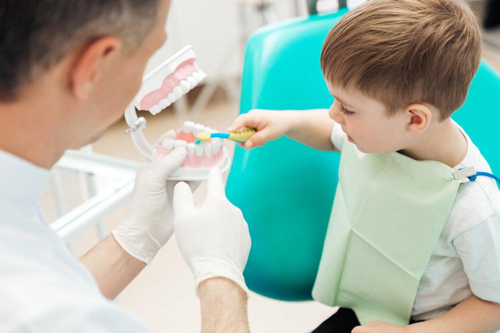 primera-visita-dentista-ninos-huesca